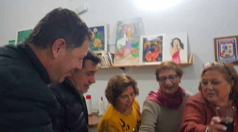 ENTREGAMOS KIT Y APORTE AL CENTRO DE JUBILADOS